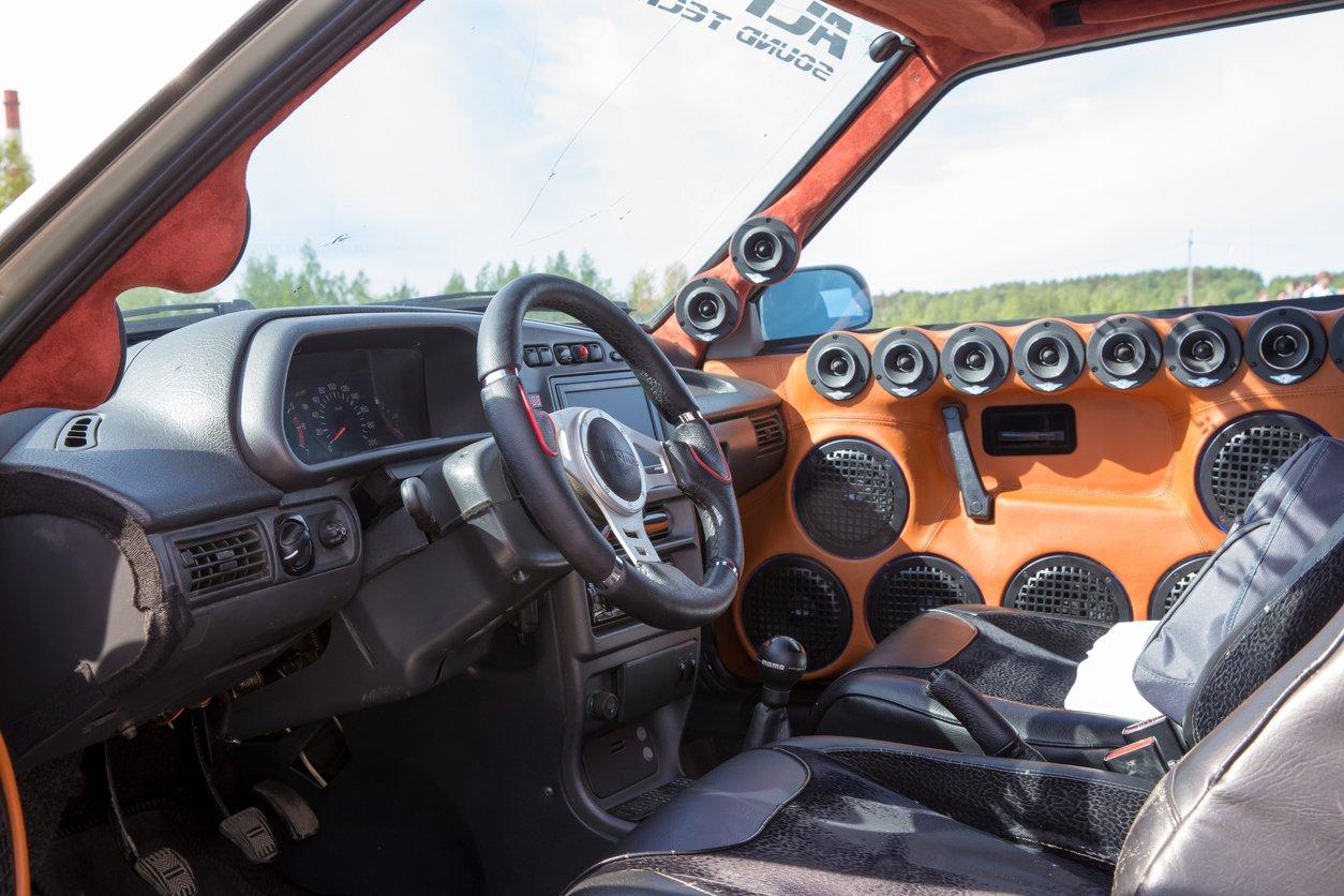 F4 accesorios coche