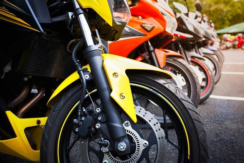 Cómo pintar el carenado de una moto en 7 pasos