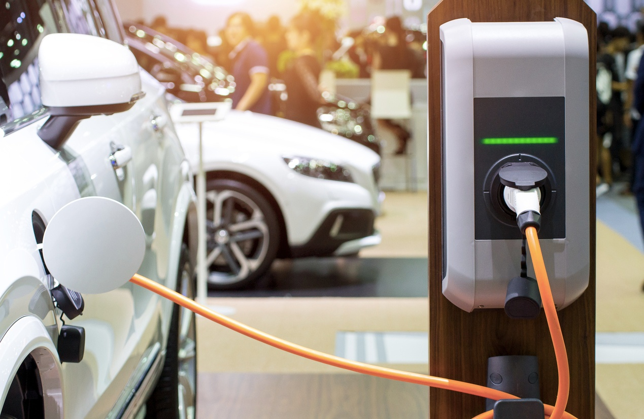 Comparativa del consumo de un coche eléctrico con uno gasolina o diésel