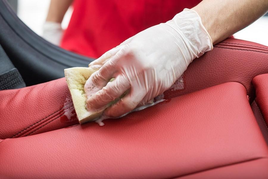 Cómo limpiar la tapicería según el tipo de mancha