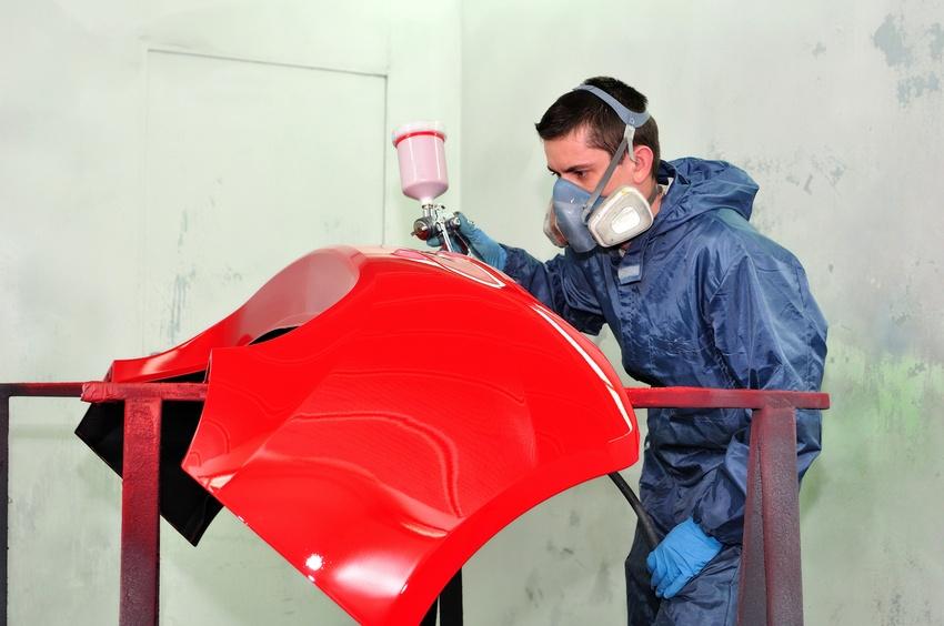 Herramientas y equipo indispensables en un taller de chapa y pintura