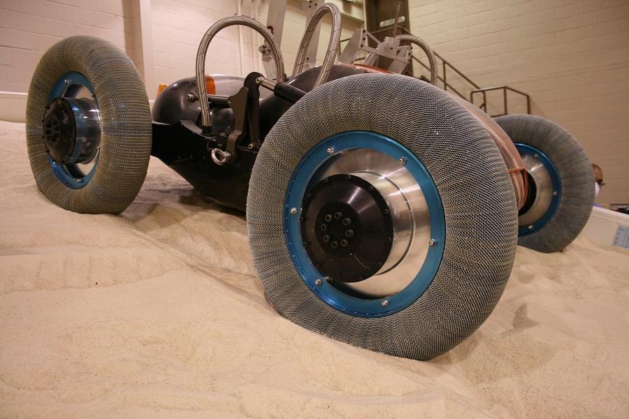Así serán los neumáticos que irán a Marte