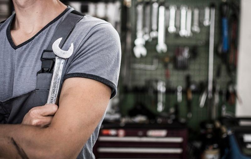 ¿En qué situaciones se puede rechazar un vehículo en el taller?