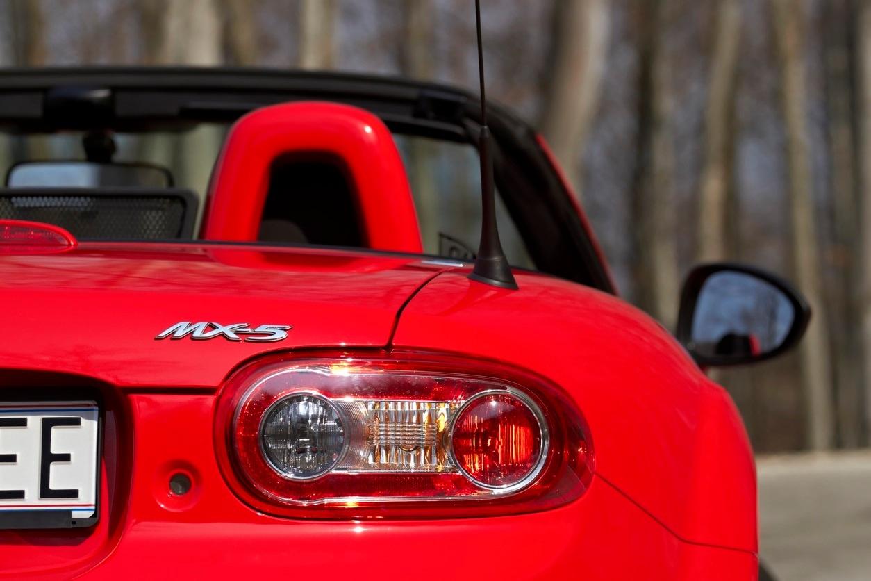 ¿Quieres ver un Time Lapse del desmontaje del motor de un Mazda MX-5?