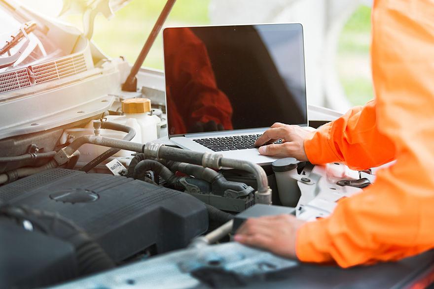 Herramientas en el taller mecánico