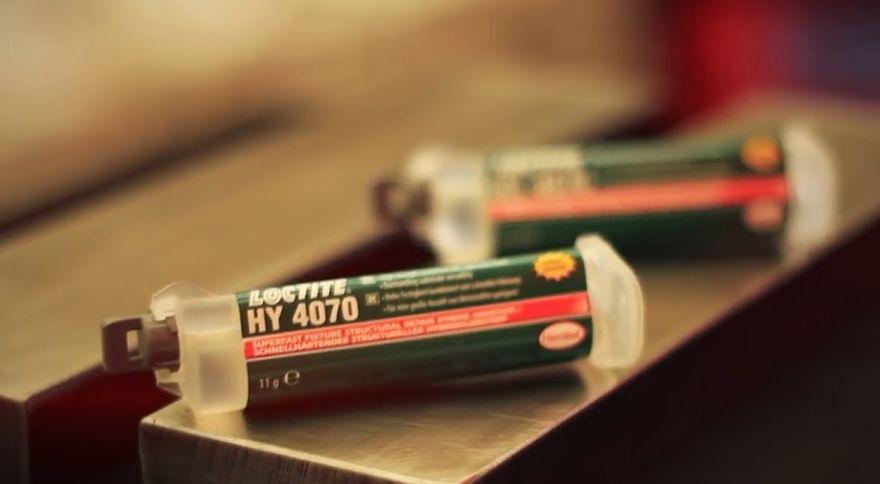 Adhesivos ultrarápidos: ventajas y ejemplos de aplicación